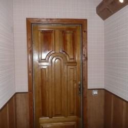 nakladka-na-vxodnuyu-metallicheskuyu-dver-13