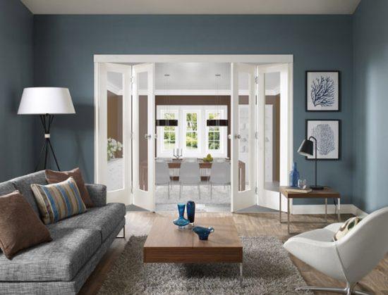 Складные двери помогают значительно сэкономить пространство