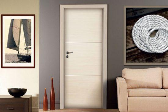 Межкомнатная дверь из искусственного шпона