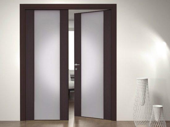 Двери не должны блокировать коридор или другие двери