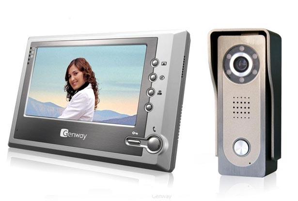 videodomofon-dlya-chastnogo-doma-s-elektromexanicheskim-zamkom-12