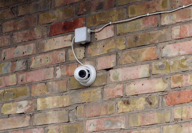 Купольные видеокамеры как правило имеют лучшее качество изображения